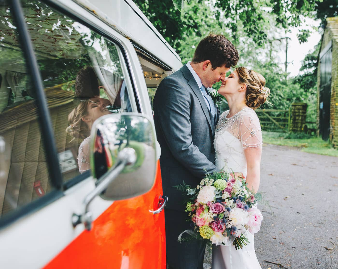 vintage camper van wedding pictures
