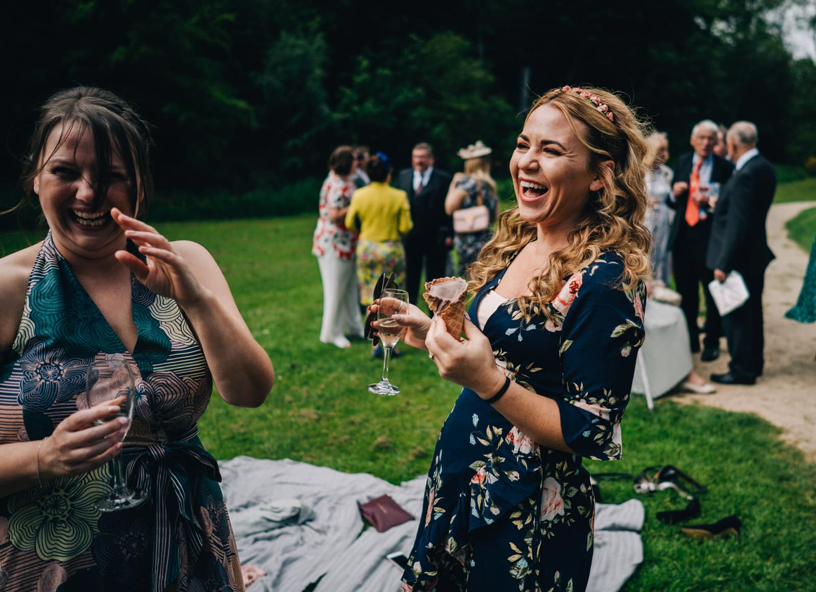 fun and relaxed wedding photography at Quarry Bank Mill